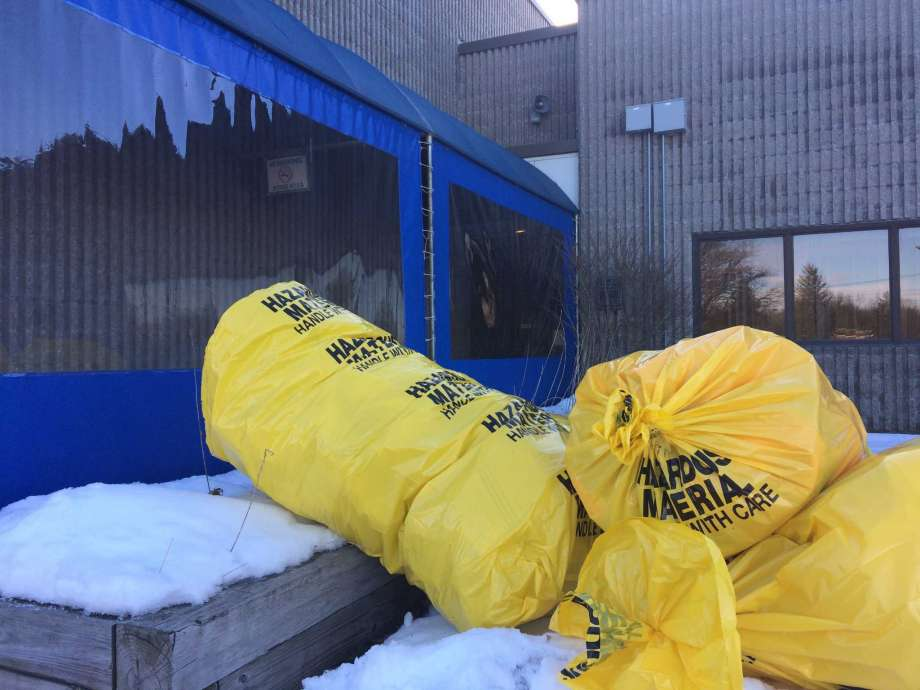 New York 03122018 - 3 postal workers sent for medical care at U.S. Postal Service mail center in Colonie